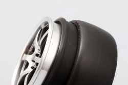 "Super Drift Tire ""Zero One R2"""